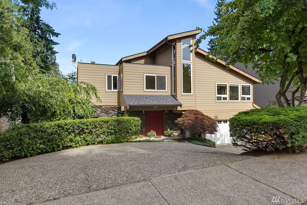 Home For Sale 4032 171st Ave SE Bellevue, WA NWMLS 960022