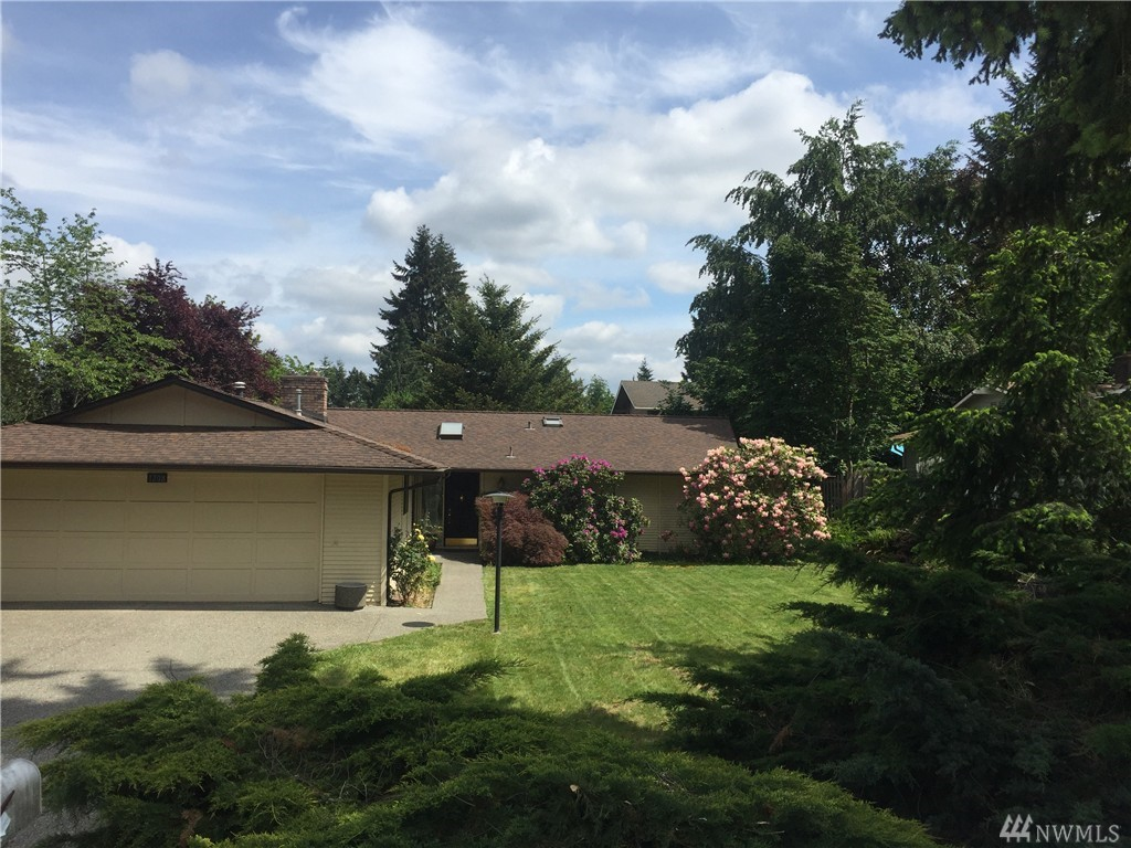 1208 179th Pl NE Bellevue WA 98008