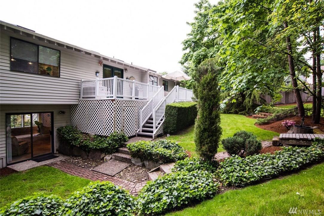 Photo 19 of 5932 135th Pl SE Bellevue WA 98006