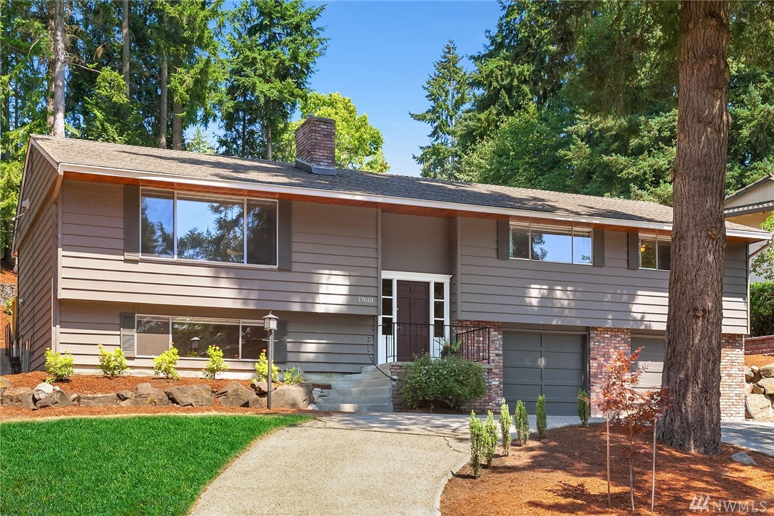Photo 1 of 17610 NE 8th Pl Bellevue WA 98008