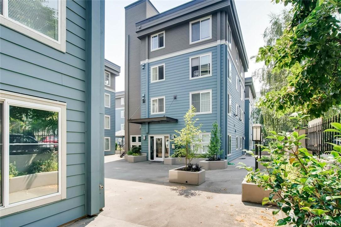 300 10th Ave Seattle WA 98122