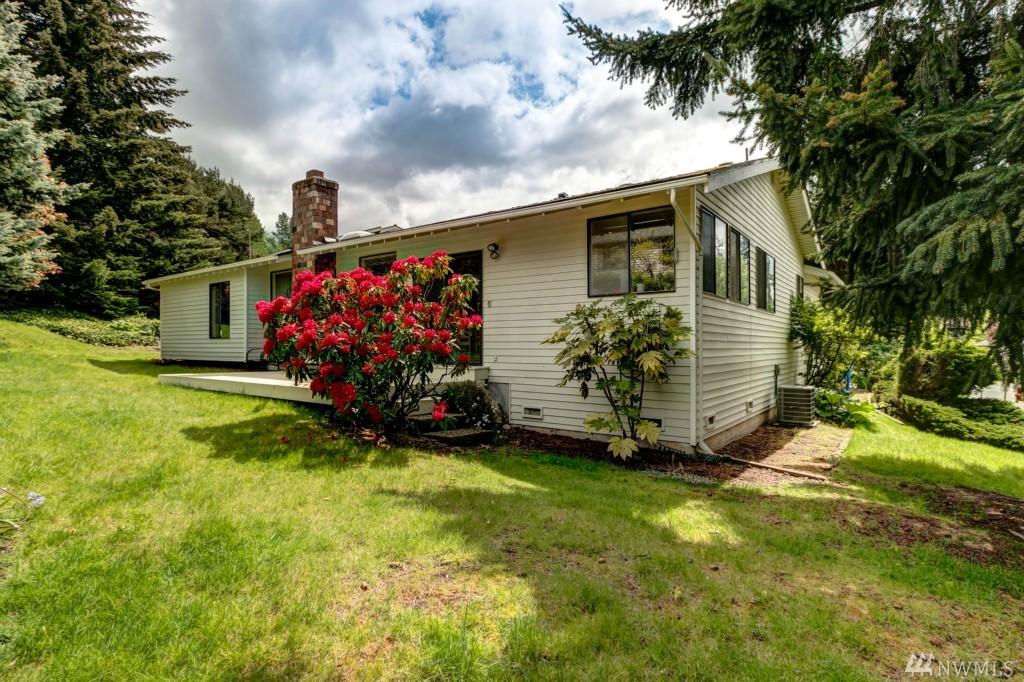 Photo 20 of 13406 SE 56th Pl Bellevue WA 98006