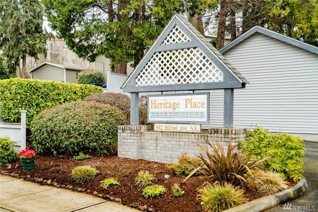 Photo 2 of 342 102nd Ave SE Bellevue WA 98004