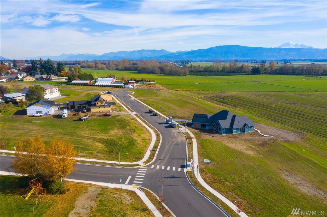 1618 Farmview Ter Lynden WA 98264