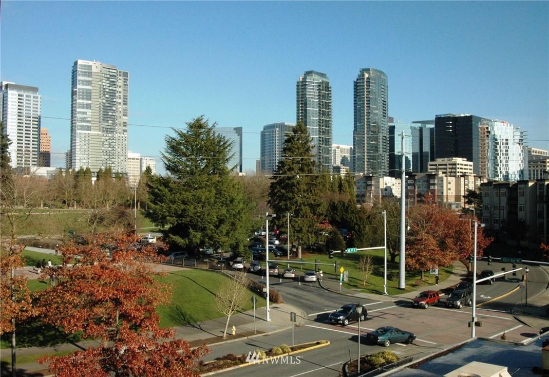 10042 Main St Bellevue WA 98004