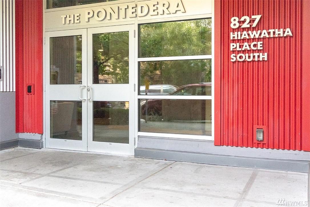 827 Hiawatha Pl S Seattle WA 98144