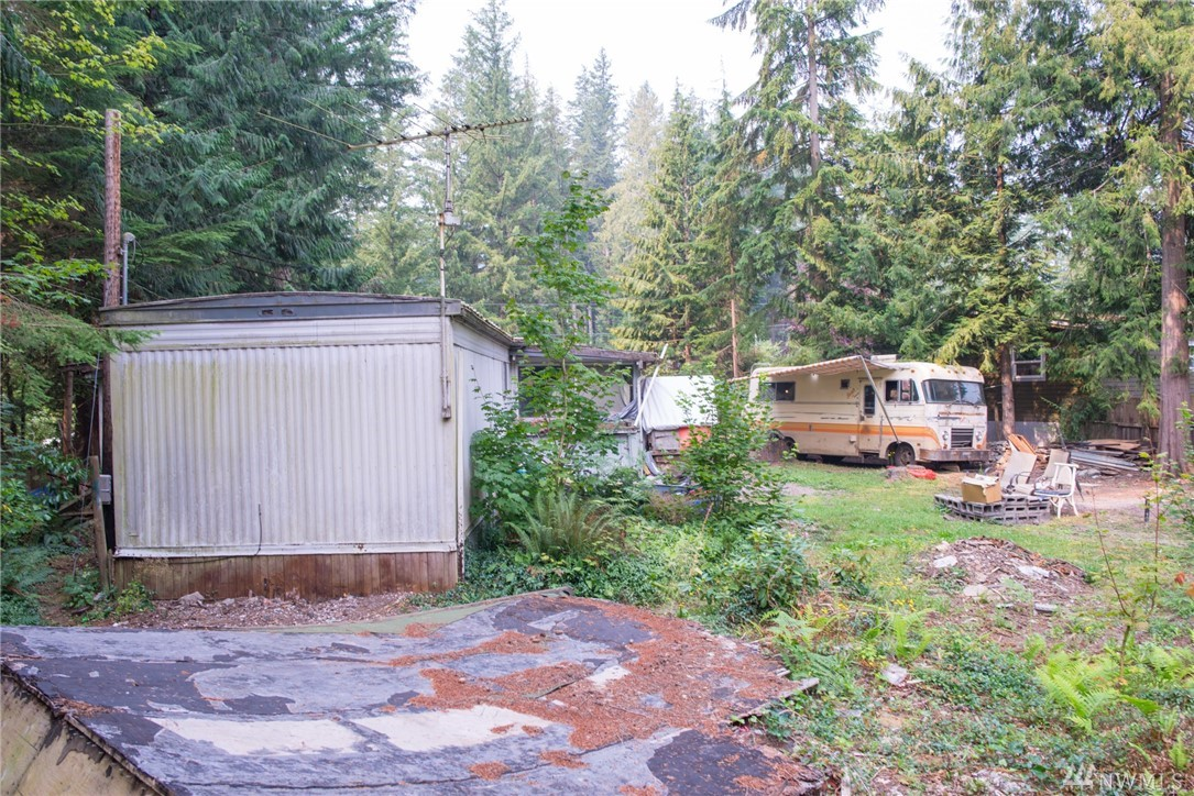 8462 Golden Valley Dr Maple Falls WA 98266