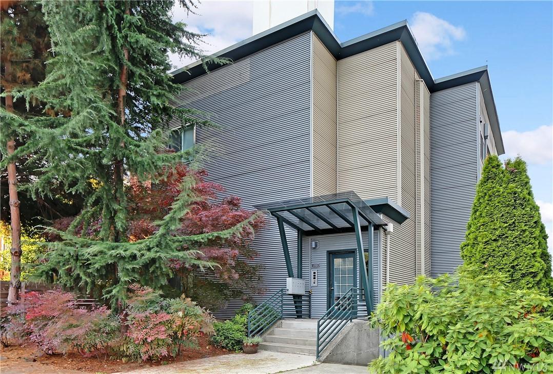 2713 Boylston Ave E Seattle WA 98102