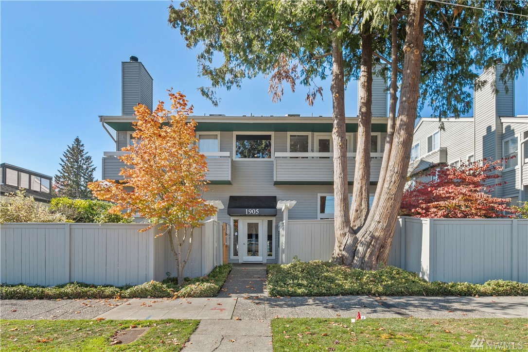 1905 42nd Ave E Seattle WA 98112