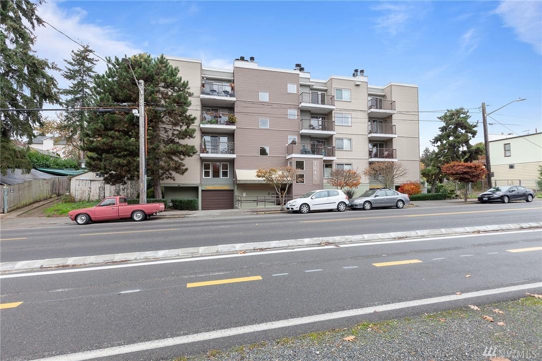 3045 20th Ave W Seattle WA 98199