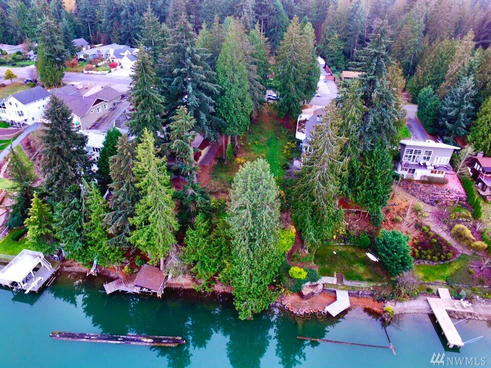 3713 Lakeridge Dr E Lake Tapps WA 98391