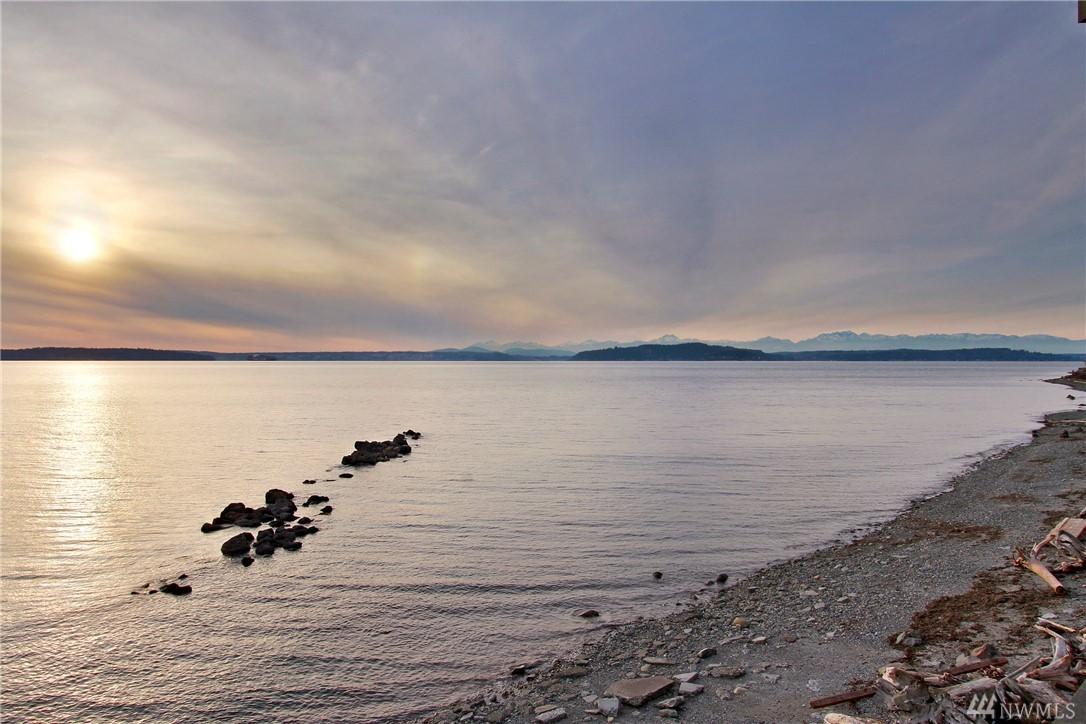3633 Beach Dr SW Seattle WA 98116