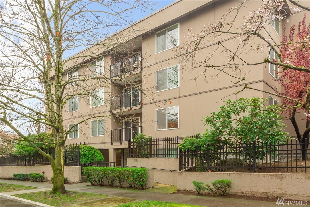 701 17th Ave Seattle WA 98122