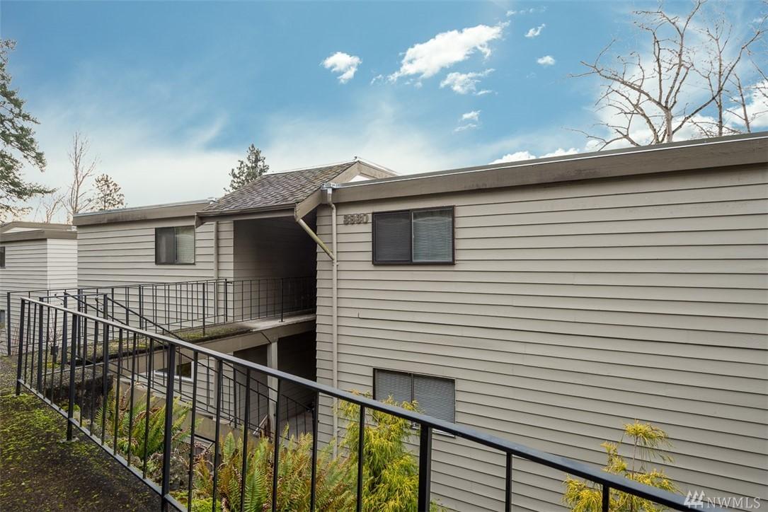 Photo 19 of 3930 Lake Washington Blvd SE Bellevue WA 98006