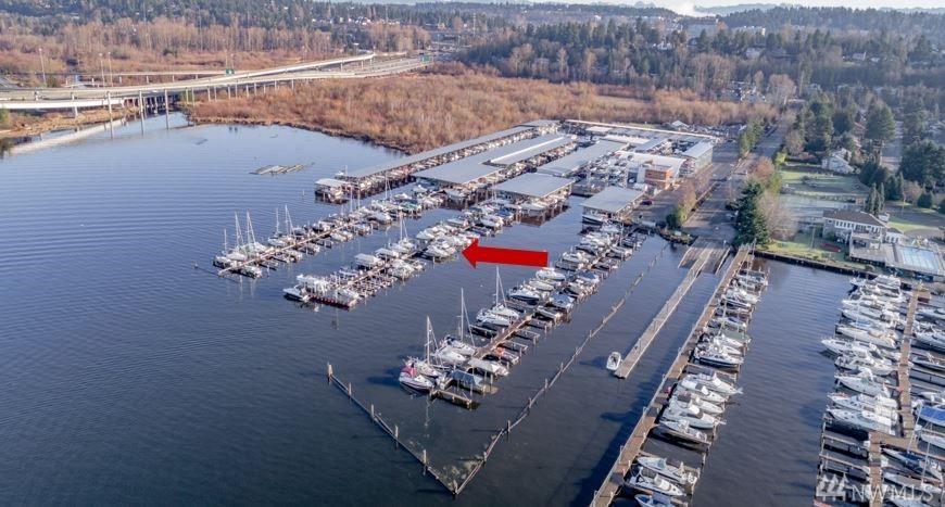 3911 Lake Washington Blvd SE Bellevue WA 98006