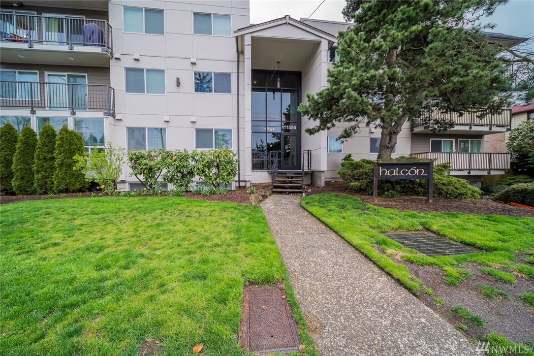 11556 Greenwood Ave N Seattle WA 98133