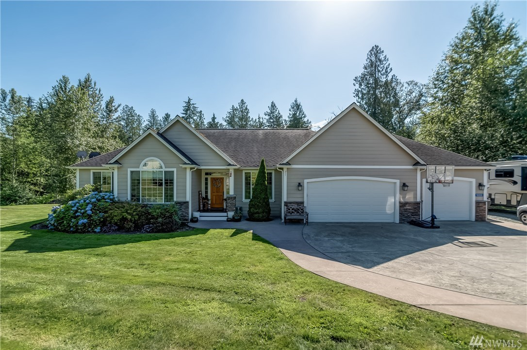16888 Maplewood Ln Bow WA 98232