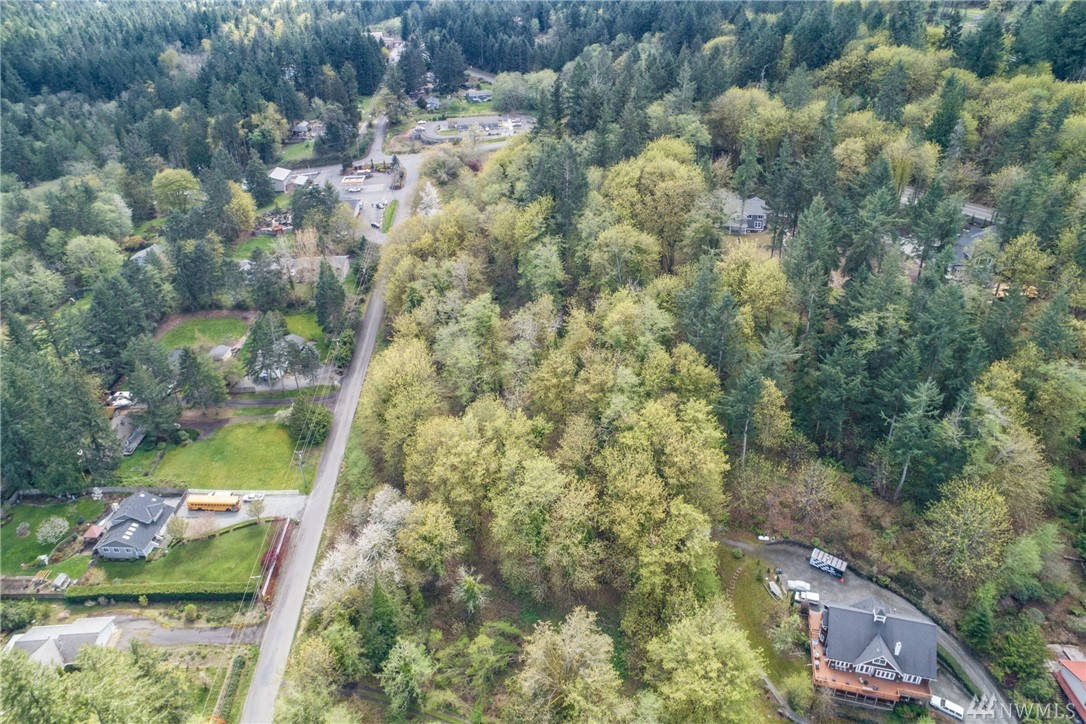 562 6th Ave Fox Island WA 98333