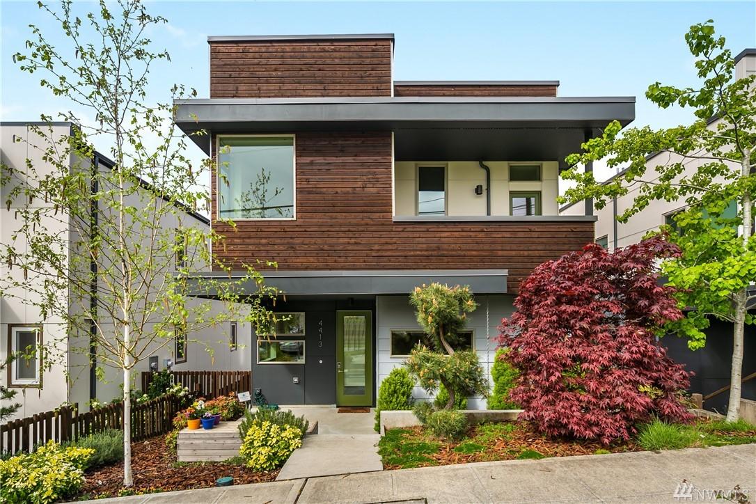4413 33RD Ave S Seattle WA 98108