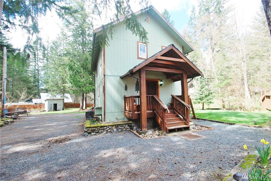 122 N Mountain View Dr Ashford WA 98328