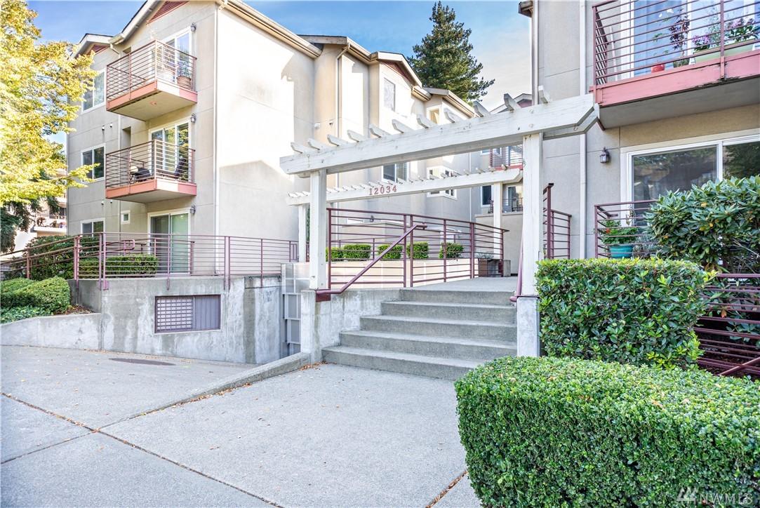 12034 15th Ave NE Seattle WA 98125