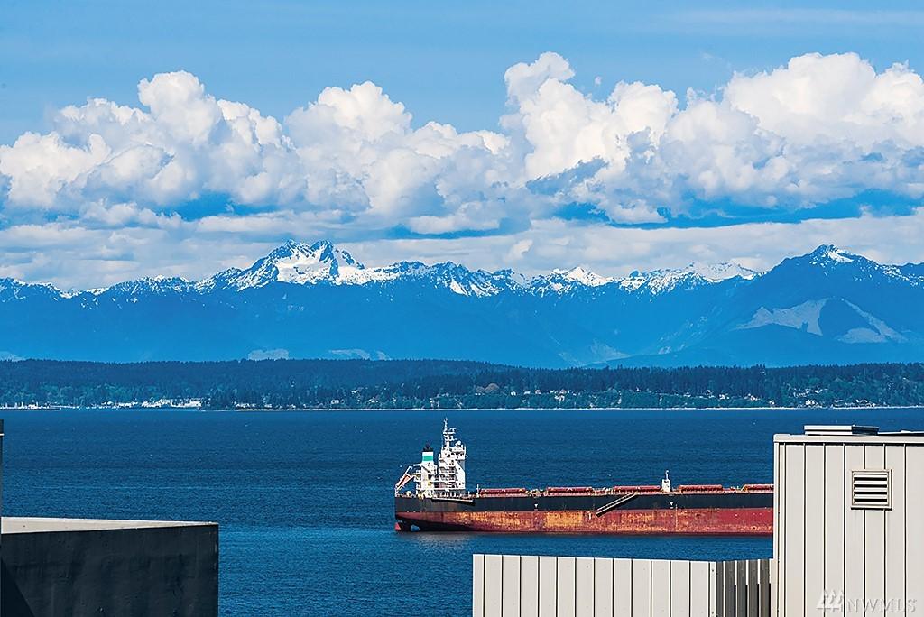 Photo 18 of 76 Cedar St Seattle WA 98121