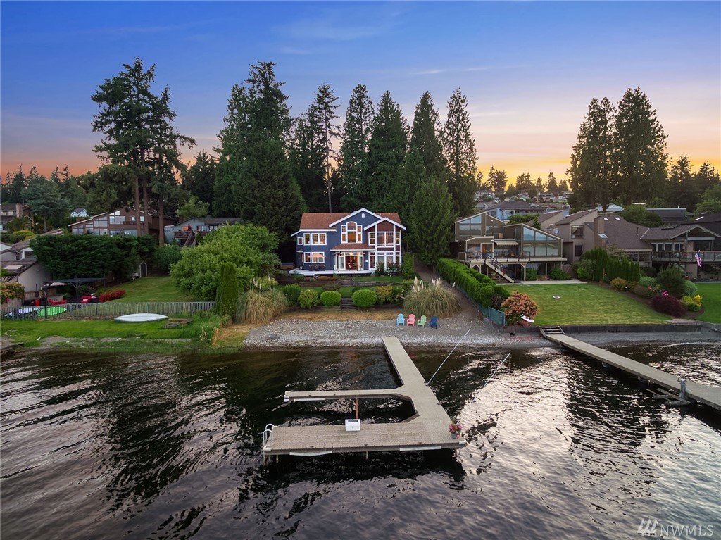 2824 W Lake Sammamish Pkwy Bellevue WA 98008