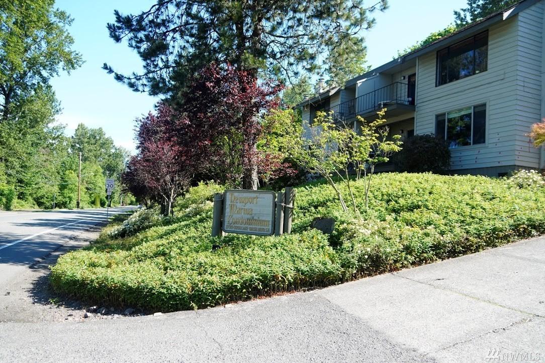 3848 Lake Washington Blvd SE Bellevue WA 98006