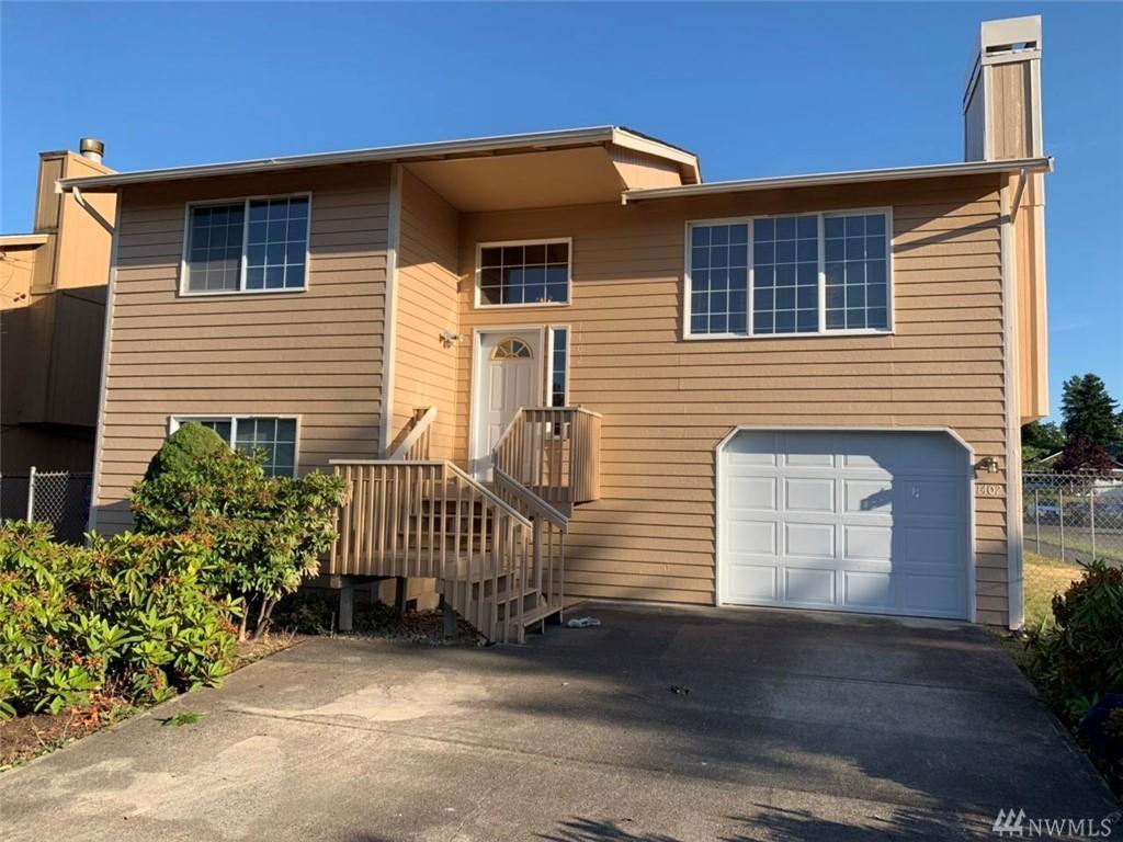 1402 E 59th St Tacoma WA 98404
