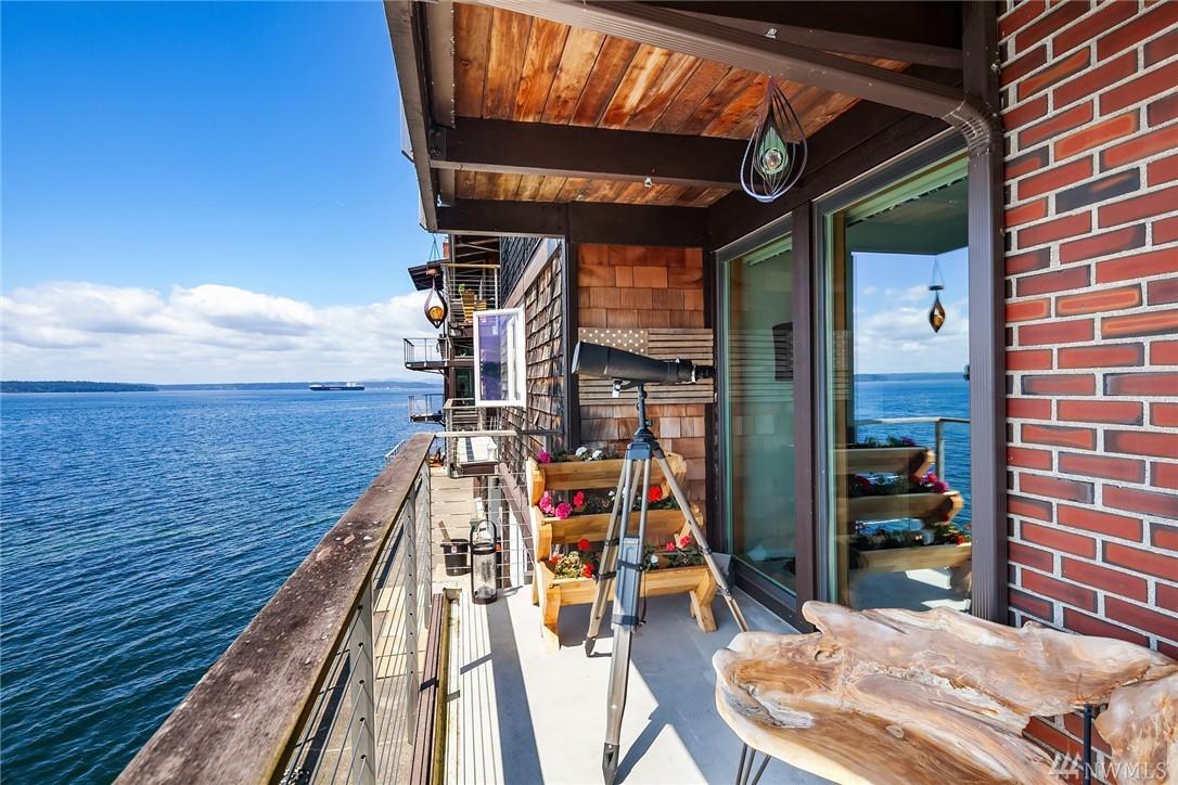 3717 Beach Dr SW Seattle WA 98116