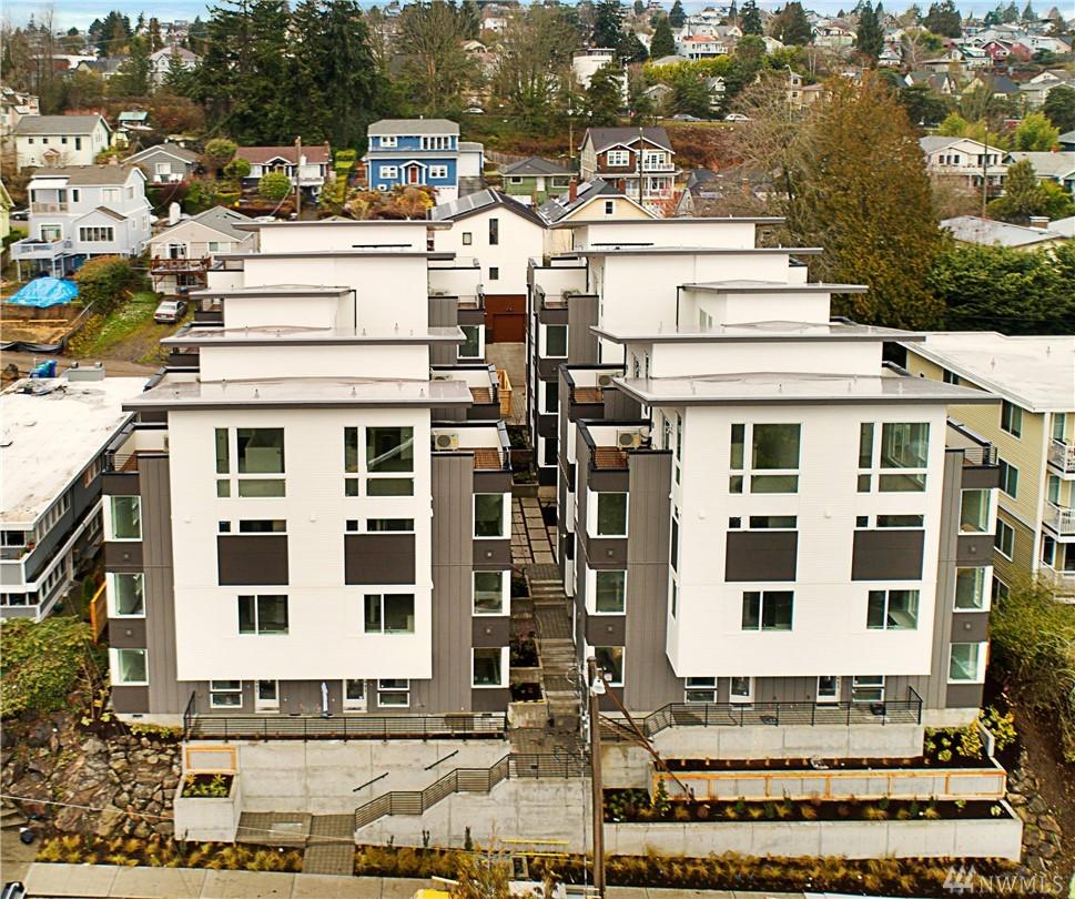 3062 SW Avalon Way Seattle WA 98126