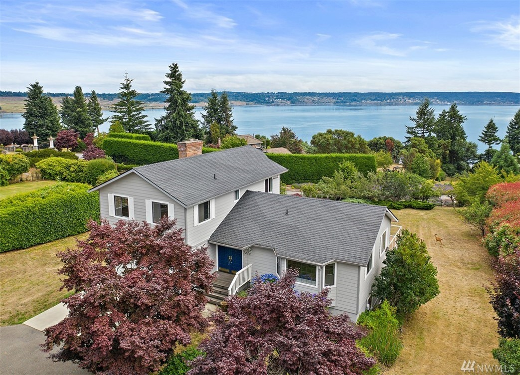 1210 Queets Dr Fox Island WA 98333