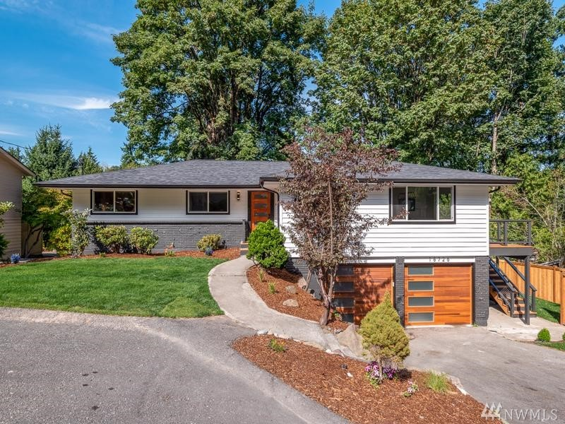 18726 56th Ave NE Kenmore WA 98028