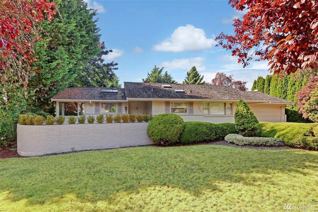 921 Sunset Way Bellevue WA 98004
