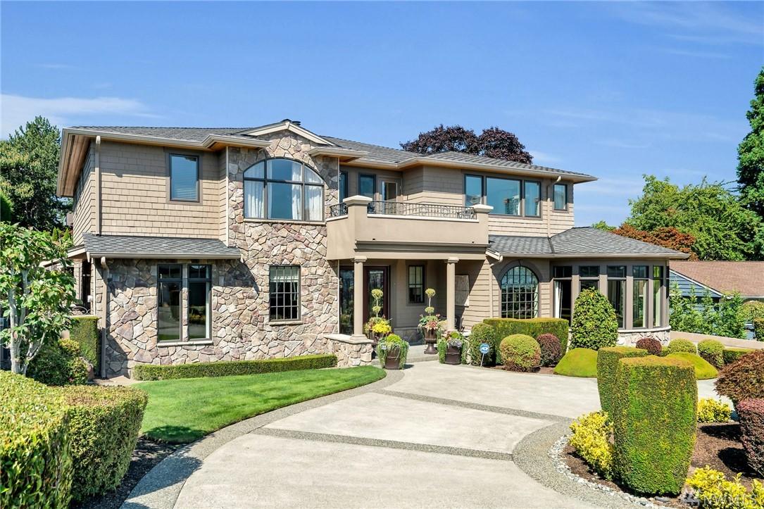 9888 Vineyard Crest Bellevue WA 98004