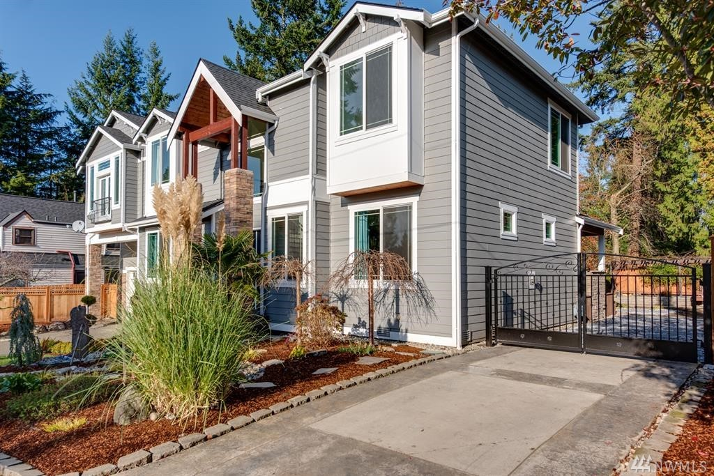 10424 NE 16th Pl Bellevue WA 98004