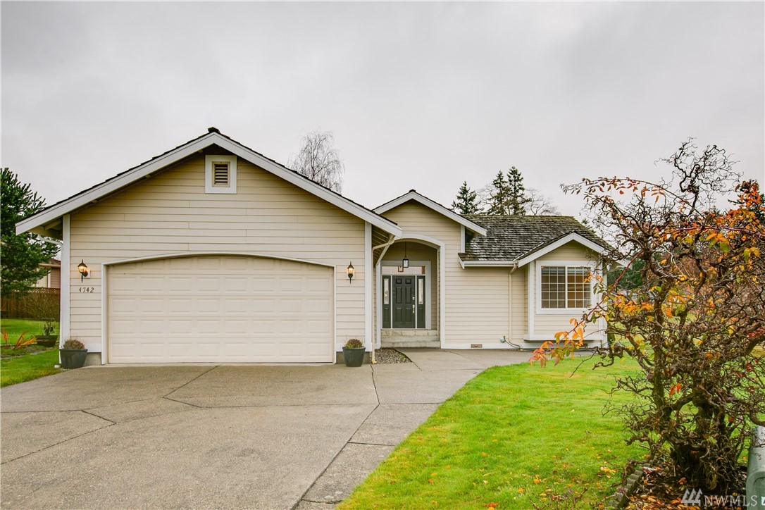 4742 Sawgrass Way Birch Bay WA 98230
