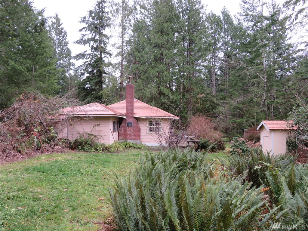1747 SW Old Clifton Rd Port Orchard WA 98367