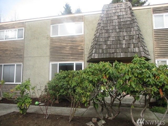 240 S 152nd St Burien WA 98148