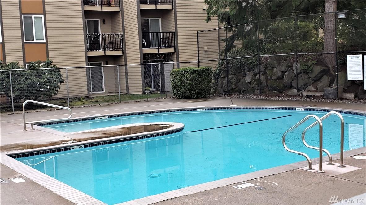 Photo 15 of 14605 NE 34th St Bellevue WA 98007