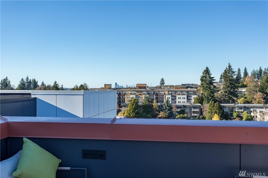 Photo 10 of 1085 103rd Ave NE Bellevue WA 98004