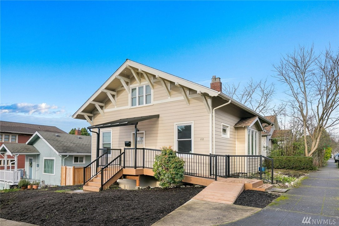 112 N 51st St Seattle WA 98103