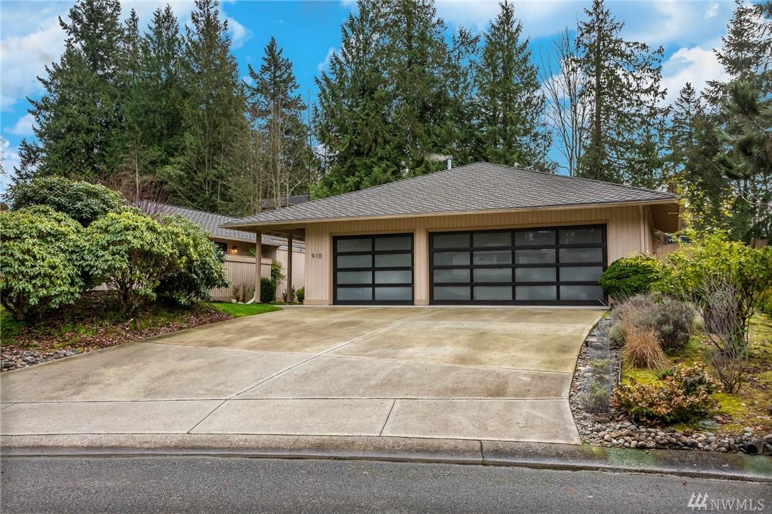 910 145th Pl NE Bellevue WA 98007