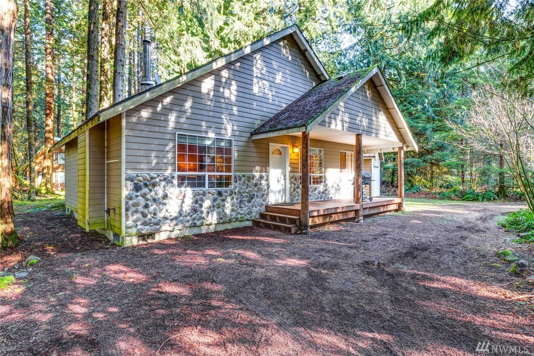 13007 Welcome Rd Glacier WA 98244