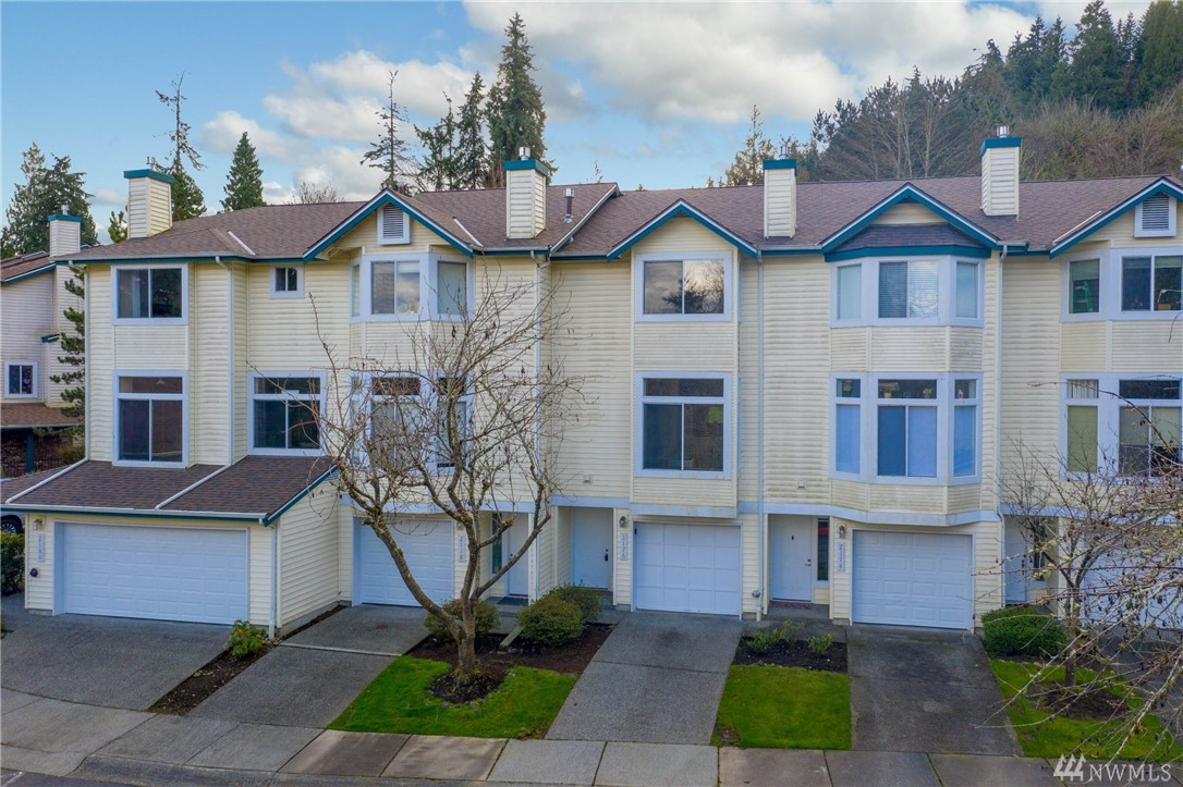 2176 NW Pacific Yew Pl Issaquah WA 98027
