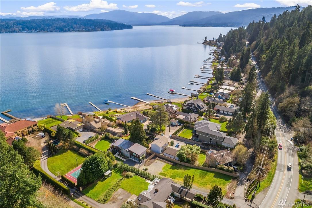 23 X W Lake Sammamish Pkwy SE Bellevue WA 98008