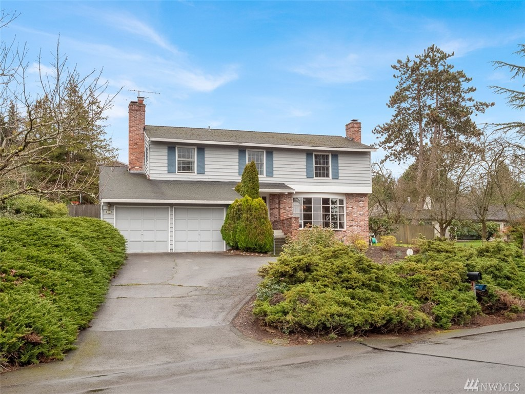 1604 86th Ave NE Clyde Hill WA 98004