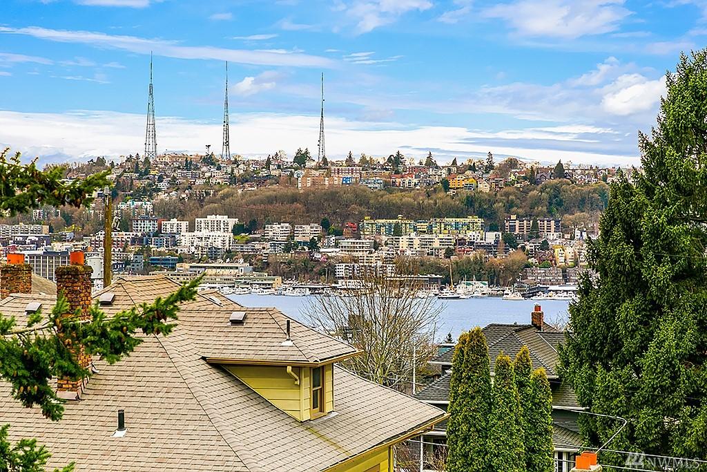 Photo 23 of 2341 10th Ave E Seattle WA 98102