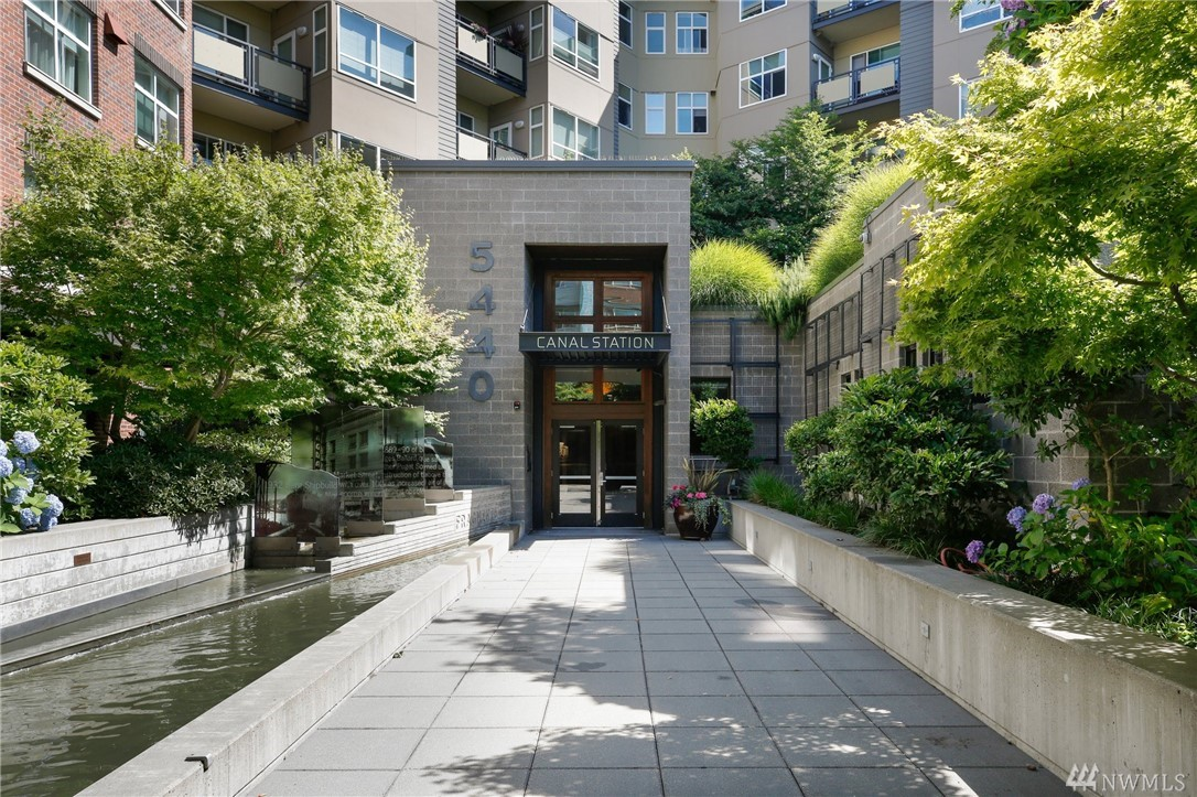 5440 Leary Ave NW Seattle WA 98107