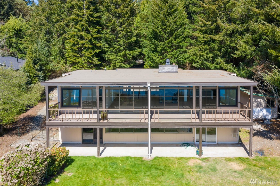 1114 Queets Dr Fox Island WA 98333